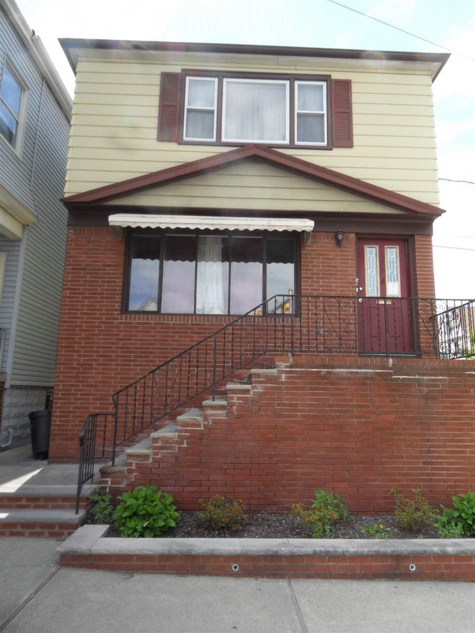 378 KENNEDY BLVD, Bayonne, NJ 07002