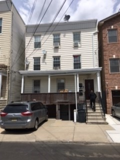 140 BEACON AVE, JC, Heights, NJ 07306