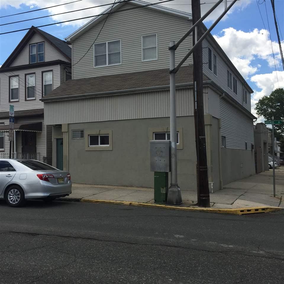 513 AVENUE A, Bayonne, NJ 07002