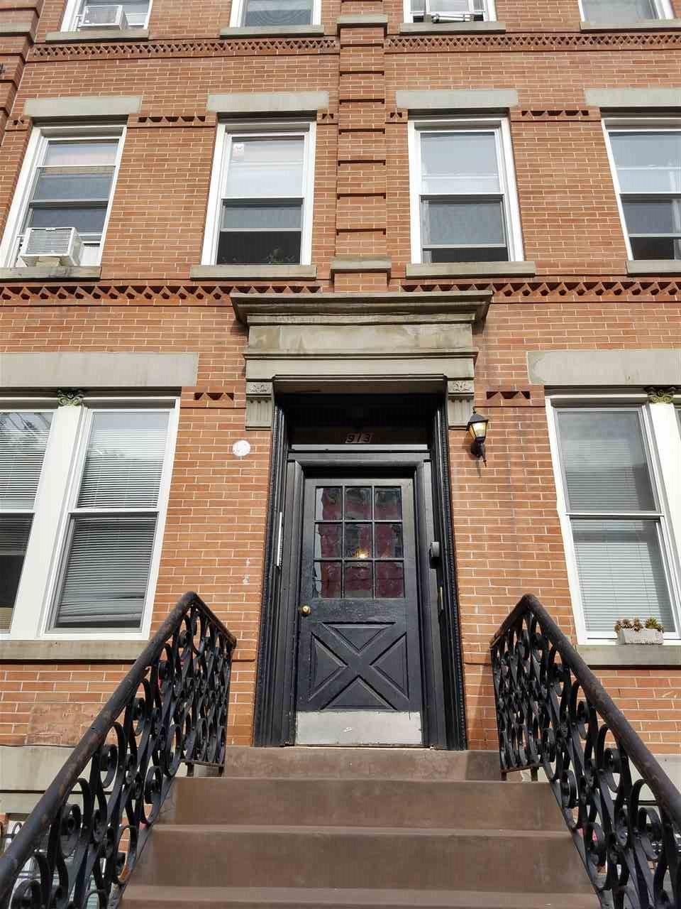913 GARDEN ST 2L, Hoboken, AK 07030