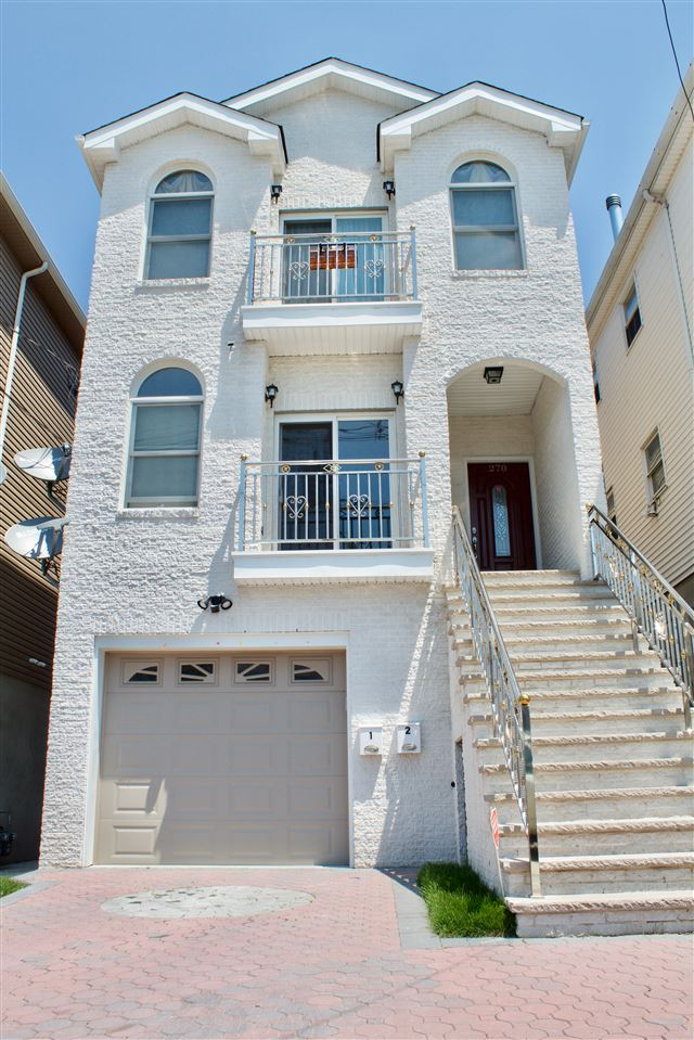 270 SEAVIEW AVE, JC, West Bergen, NJ 07305