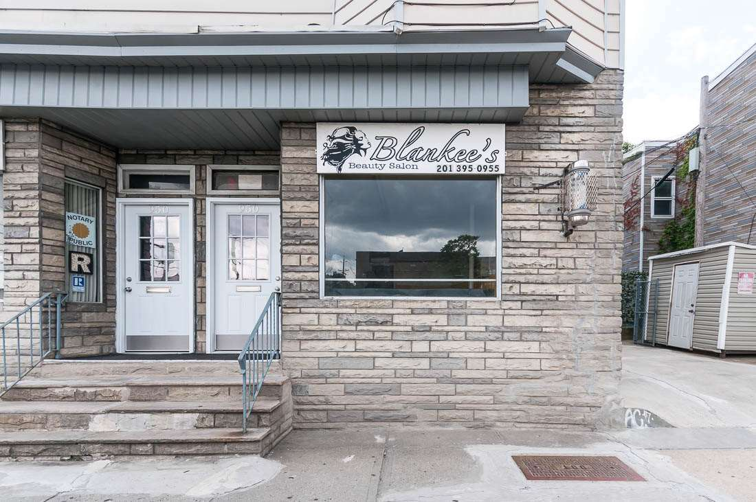 950 WEST SIDE AVE, JC, Journal Square, NJ 07306