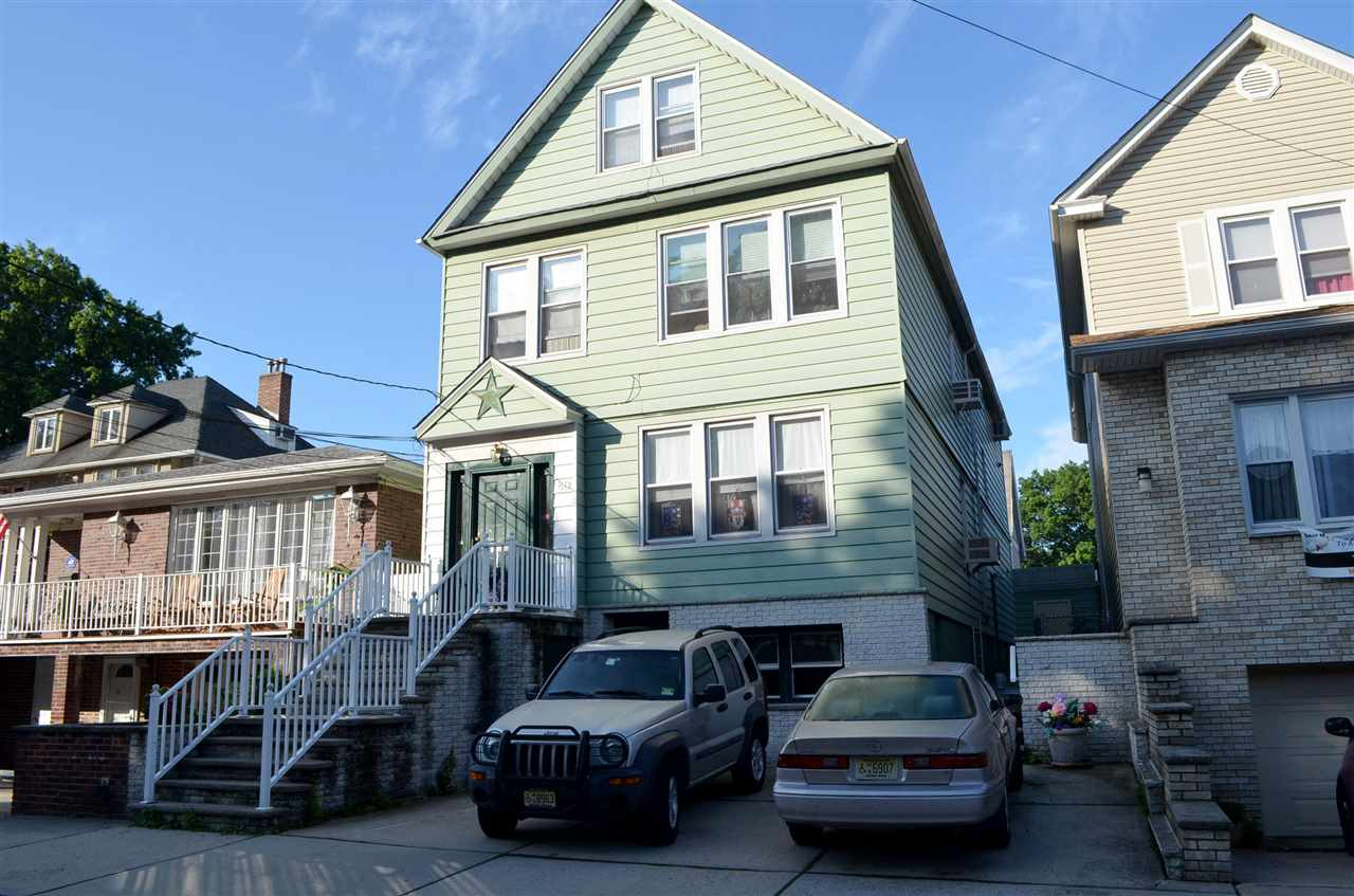 80 WEST 36TH ST 1, Bayonne, NJ 07002