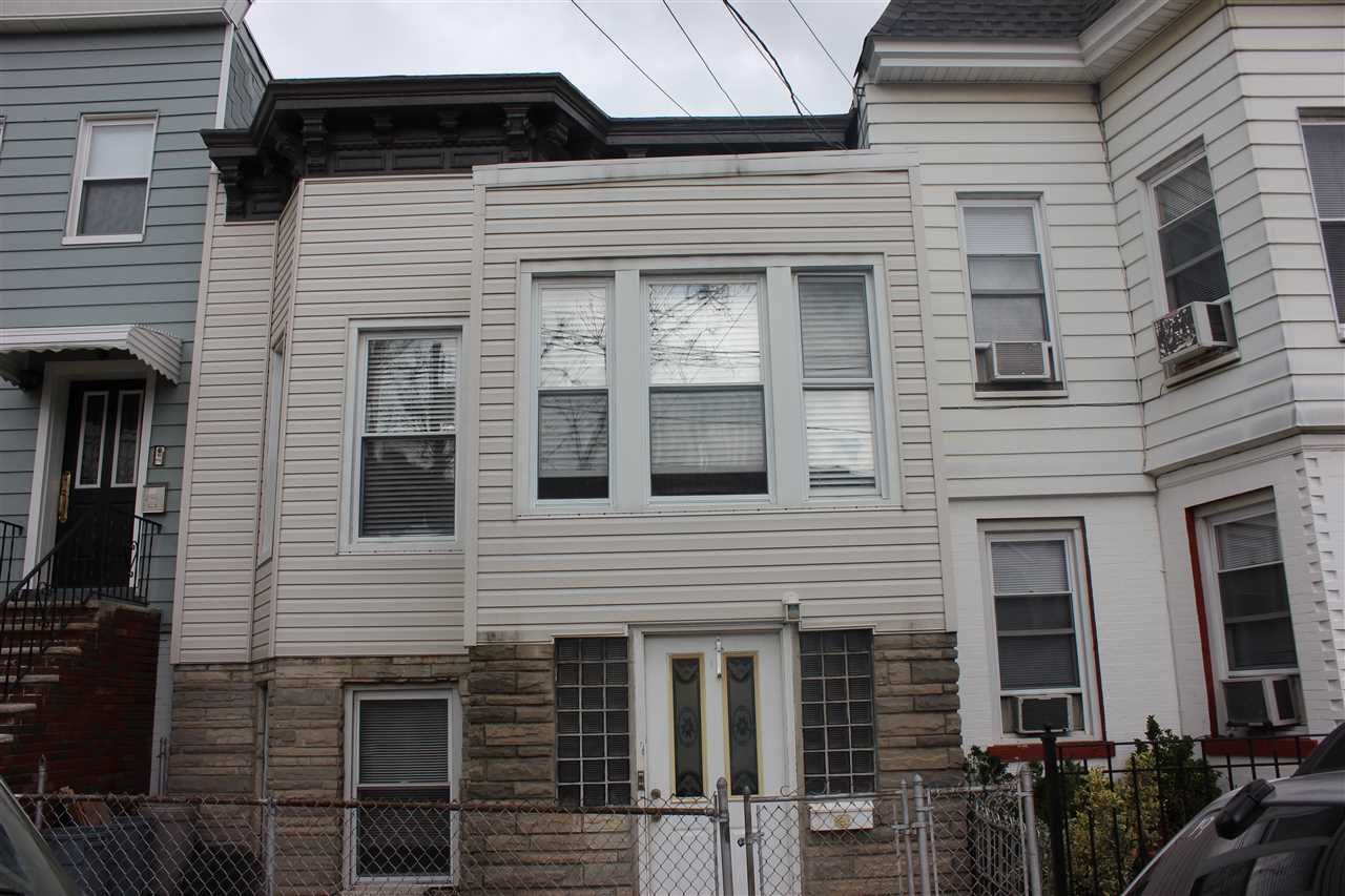 30 POPLAR ST, JC, Heights, NJ 07307