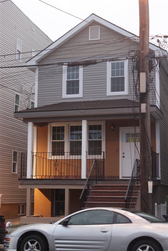 39 LONG ST, JC, West Bergen, NJ 07305