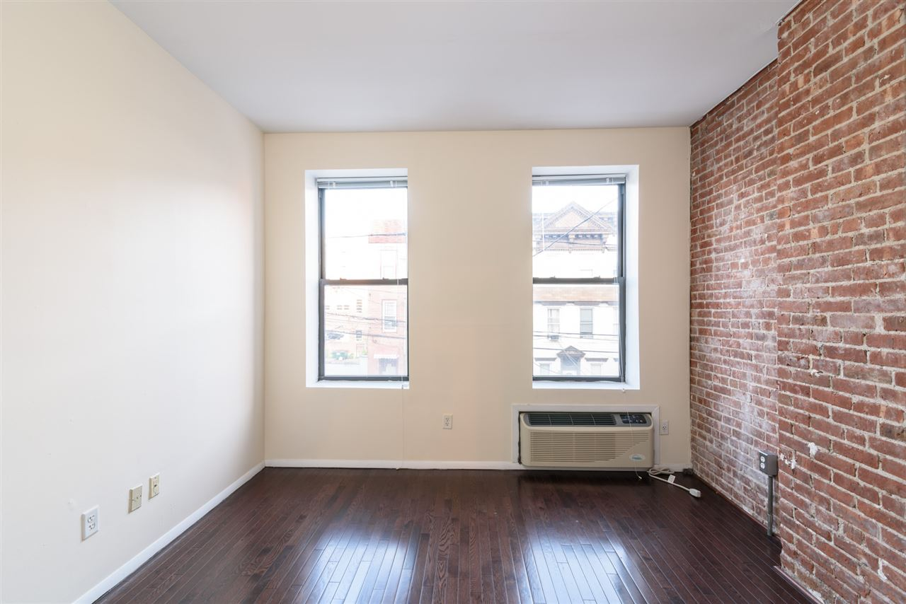 308 MADISON ST 4C, Hoboken, NJ 07030