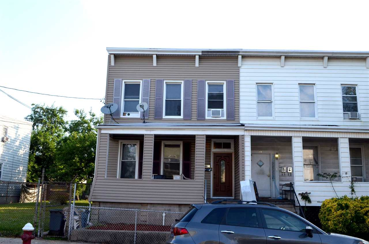 25 WEST 19TH ST 1, Bayonne, NJ 07002
