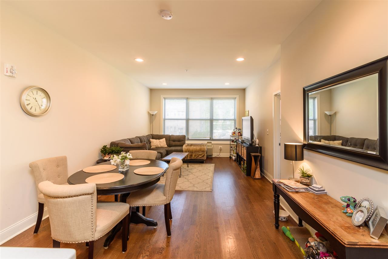 100 MARSHALL ST 406, Hoboken, NJ 07030
