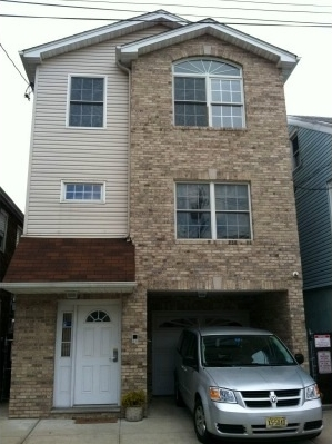 40 LEONARD ST 2, JC, Heights, NJ 07307