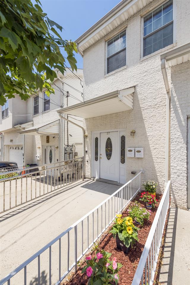 57 WESTERN AVE, JC, Heights, NJ 07307