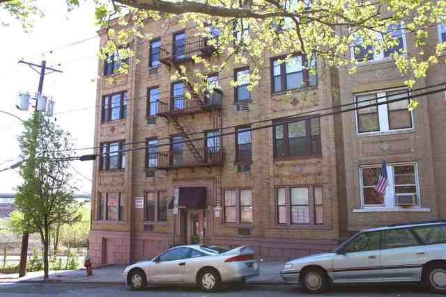 108 WALDO AVE 3D, JC, Journal Square, NJ 07306