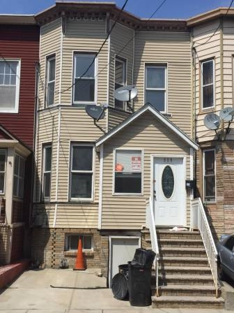 538 40TH ST, Union City, NJ 07087
