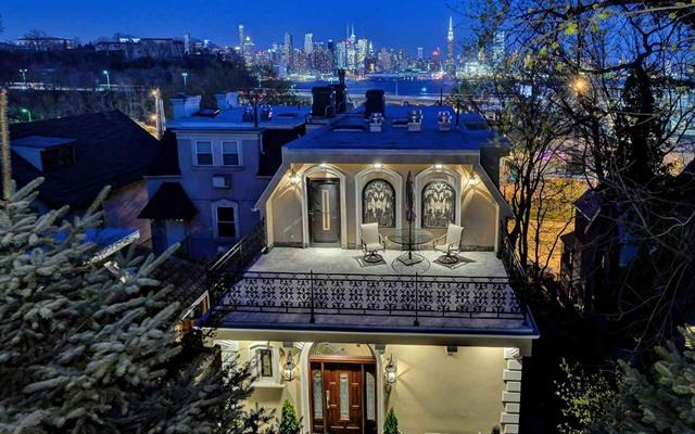 315 PARK AVE, Weehawken, NJ 07086