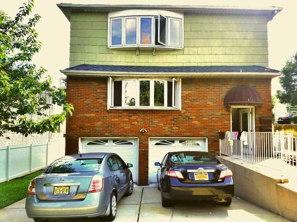 165 WASHINGTON AVE, Secaucus, NJ 07094