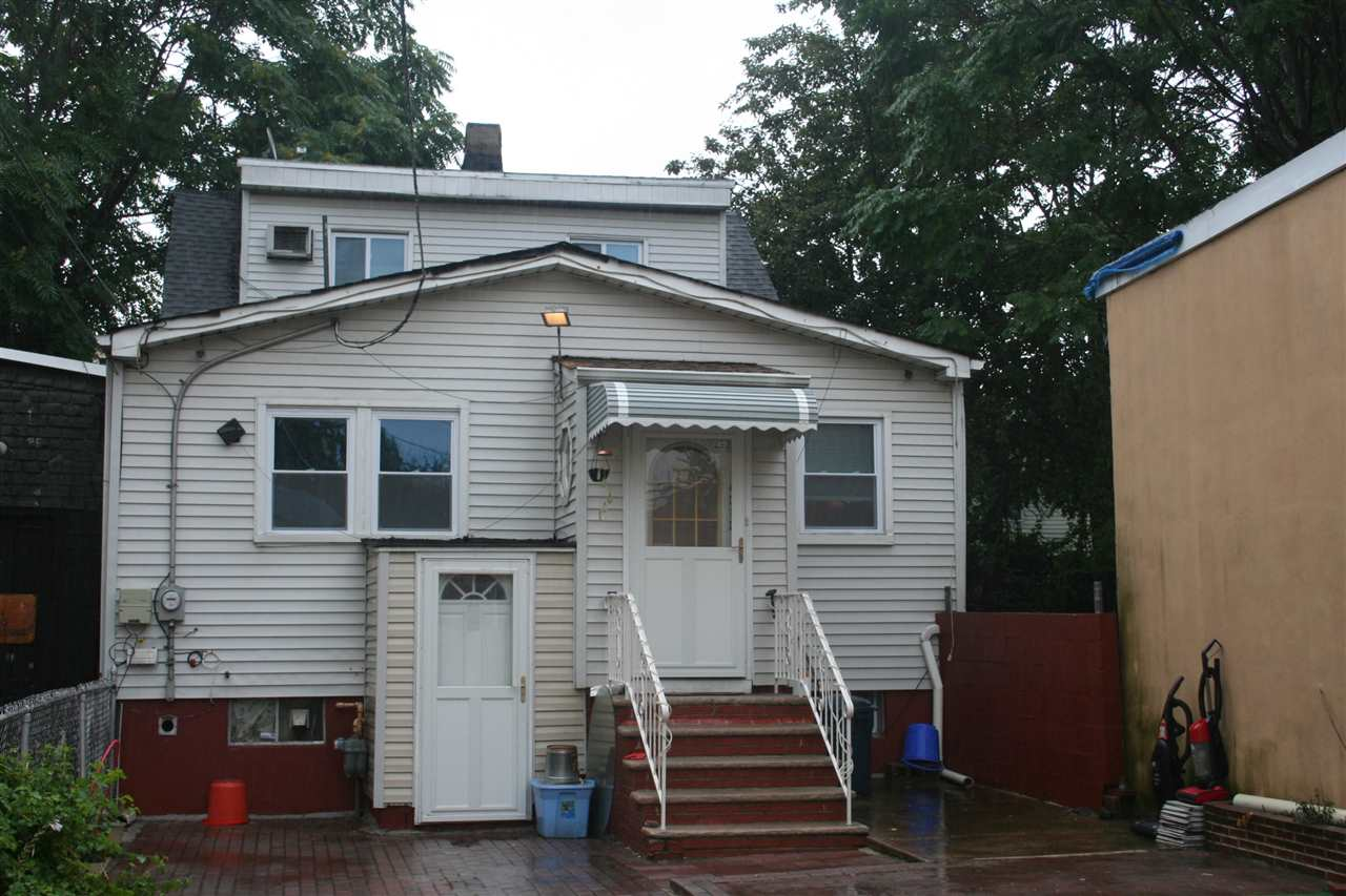 4312 GRAND AVE, North Bergen, NJ 07047