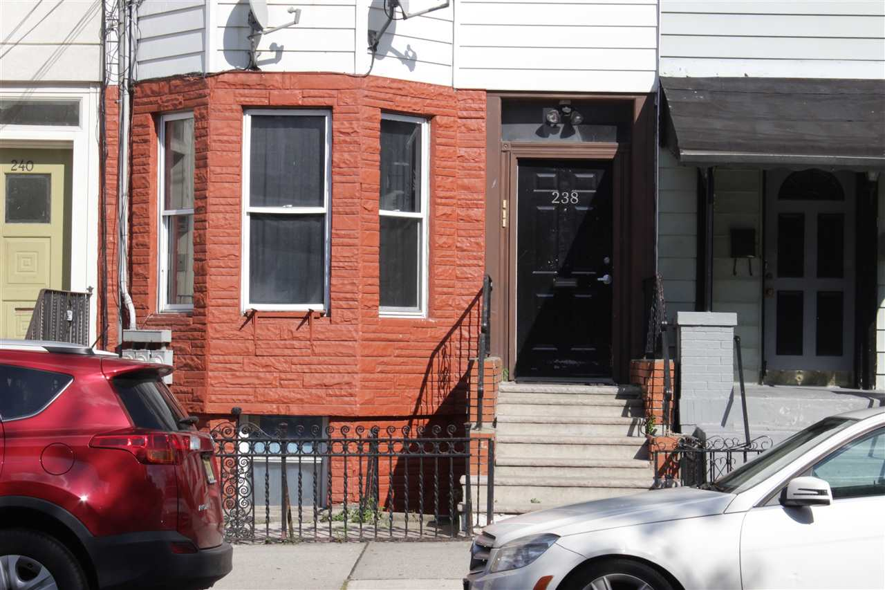 238 PALISADE AVE, JC, Heights, NJ 07306