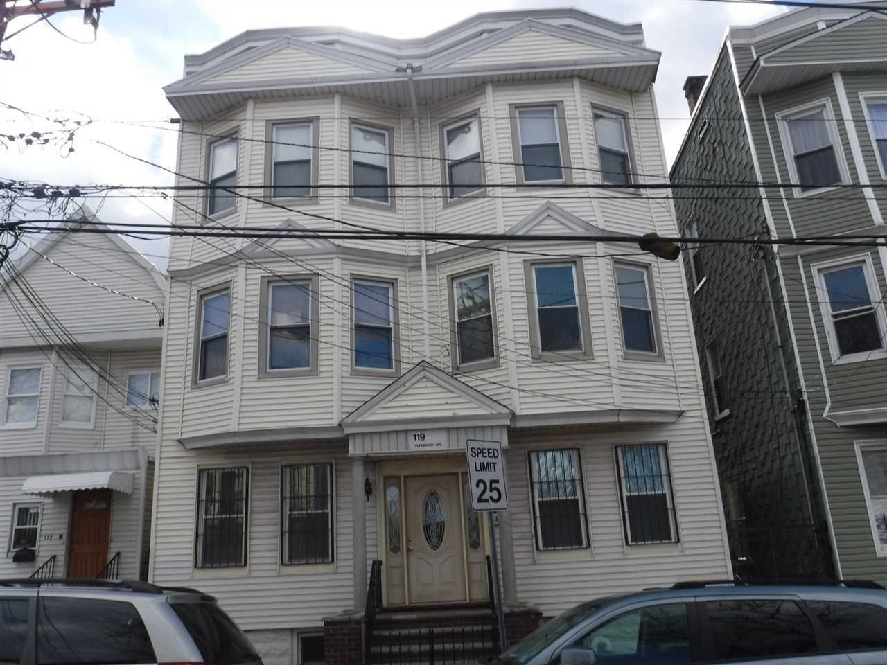 119 CLENDENNY AVE 1L, JC, West Bergen, NJ 07306
