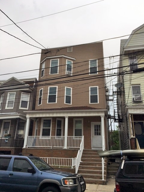 127 WEST 19TH ST 1, Bayonne, NJ 07002