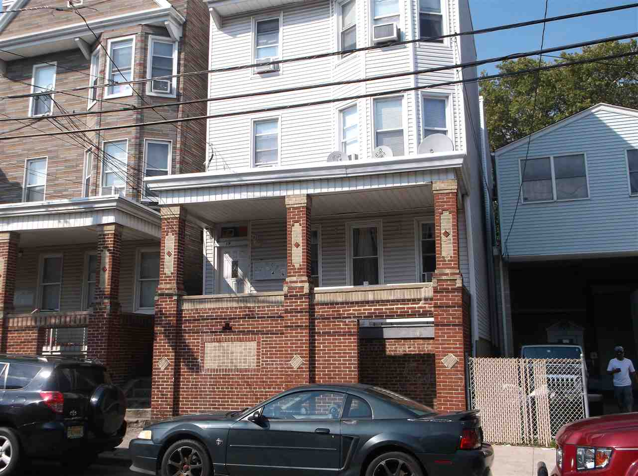 19 WEST 18TH ST, Bayonne, NJ 07002