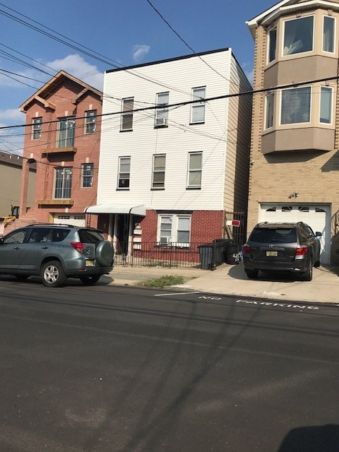 488 LIBERTY AVE 3 FAMILY, JC, Heights, NJ 07307