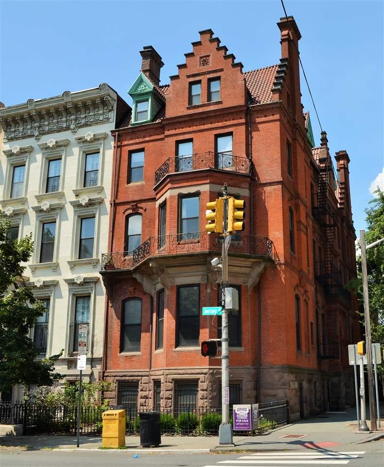 297 MONTGOMERY ST 3W, JC, Downtown, NJ 07302