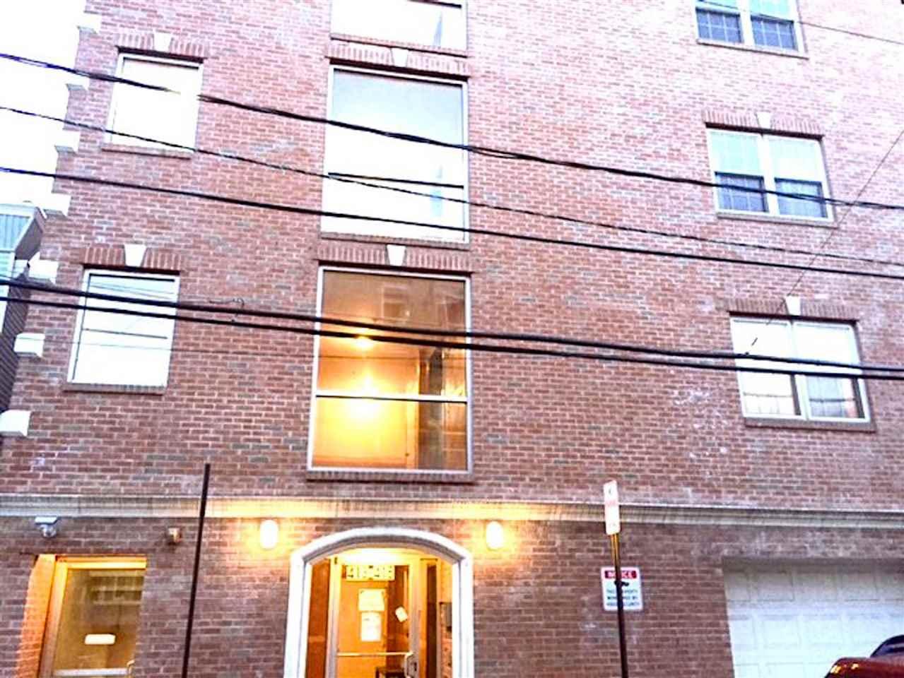 413-415 9TH ST 303, Union City, NJ 07087