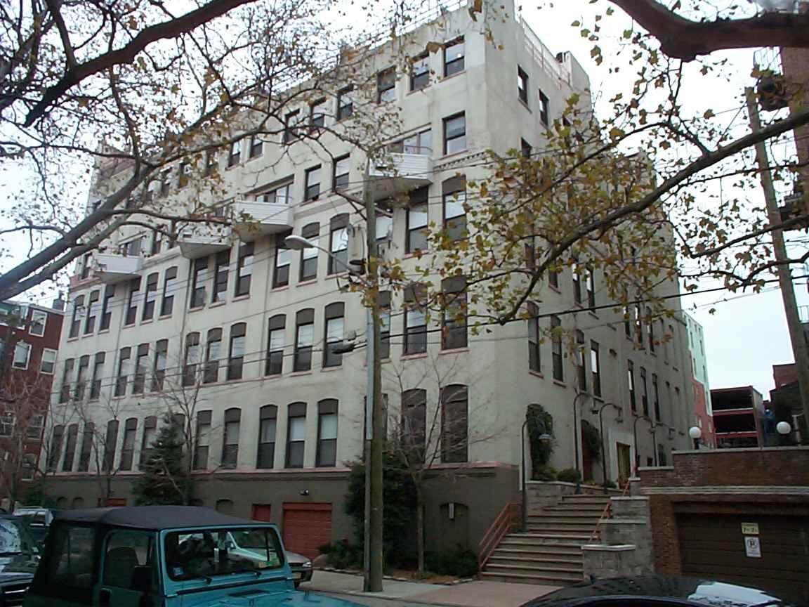 1021 GRAND ST 4F, Hoboken, NJ 07030