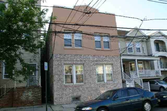 260 PROSPECT AVE 2fl Rear, Bayonne, NJ 07002