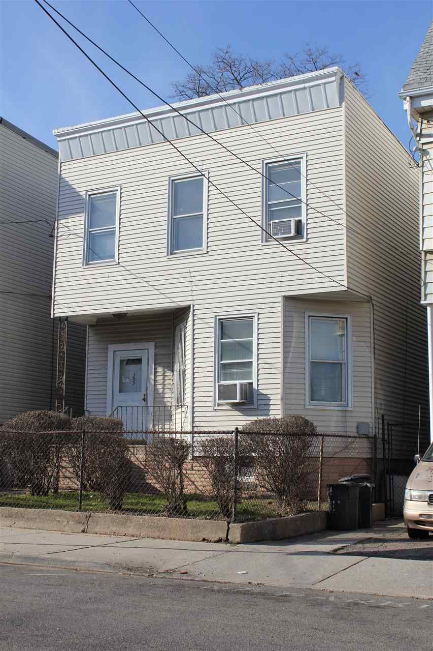 257 ARLINGTON AVE 1 Family, JC, Bergen-Lafayett, NJ 07305