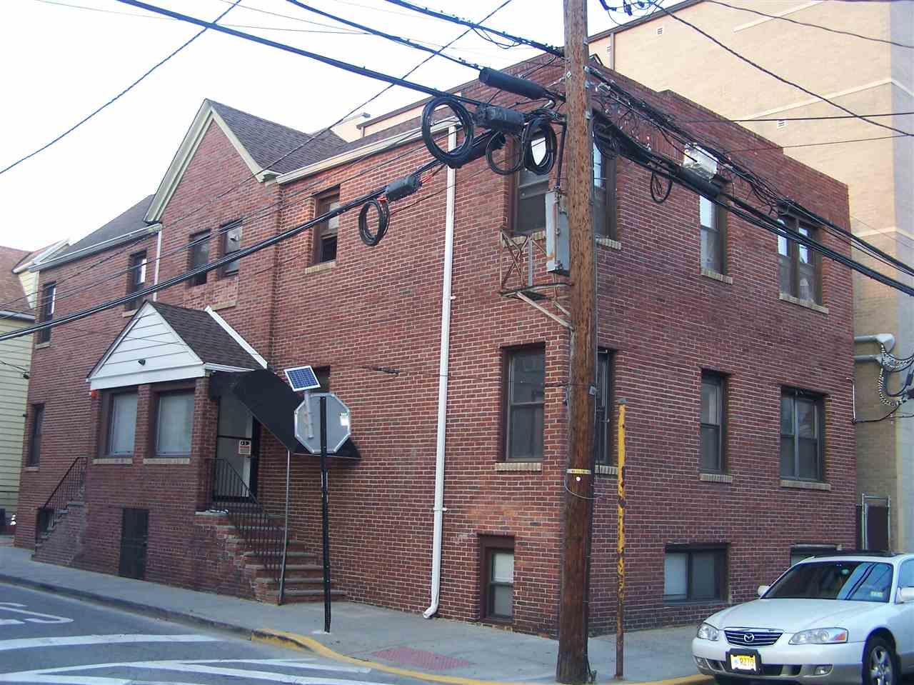 4500-4502 COTTAGE PL, Union City, NJ 07087