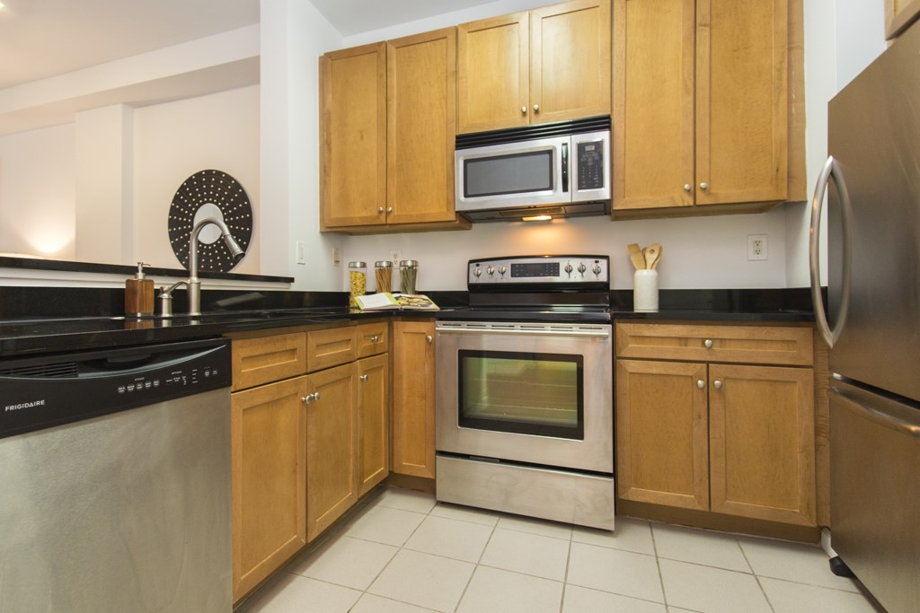 24 AVENUE AT PORT IMPERIAL 110, West New York, NJ 07093