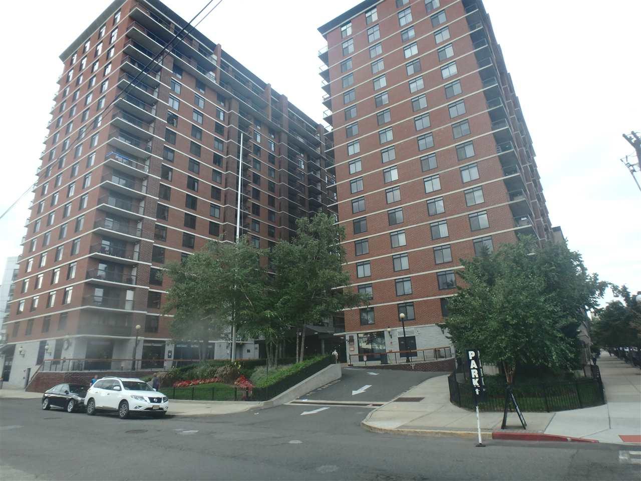 700 1ST ST 6R, Hoboken, NJ 07030