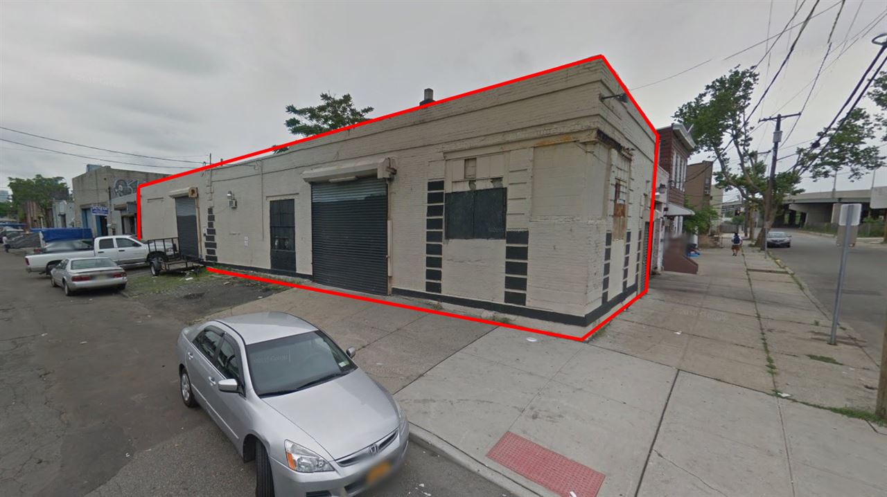 32 CENTER ST, JC, Downtown, NJ 07302