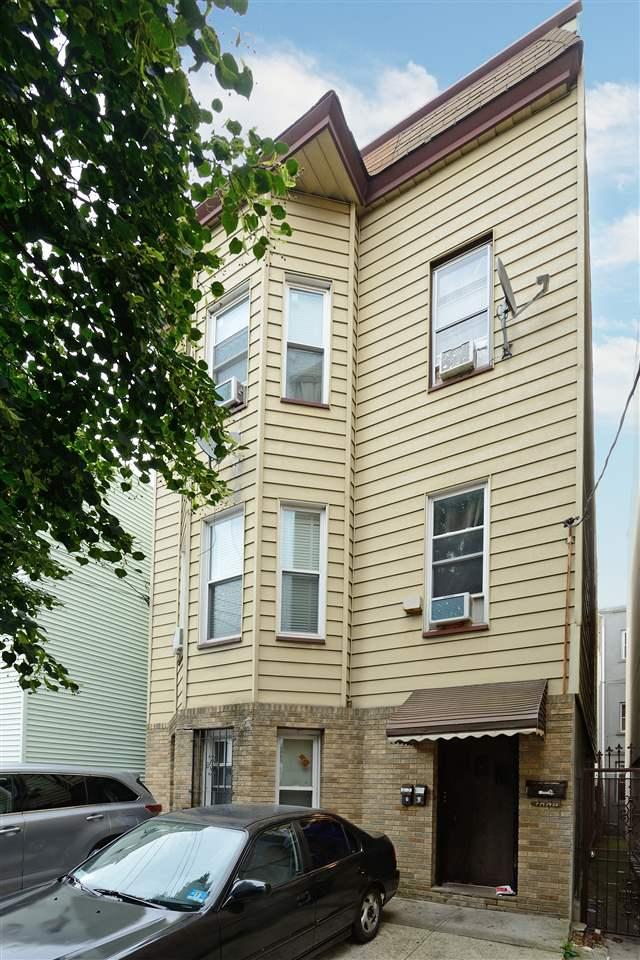 1004 WEST ST, Union City, NJ 07087