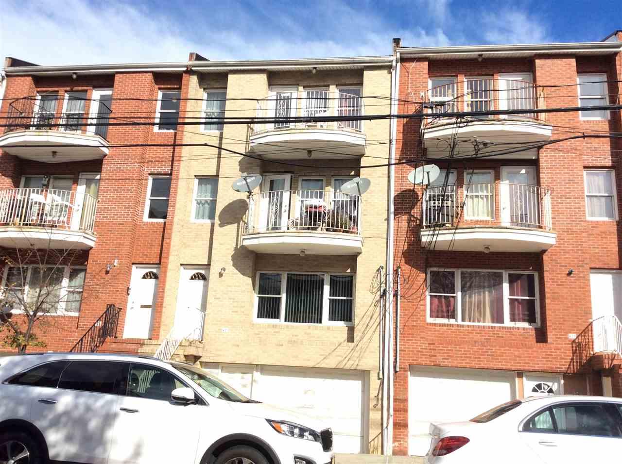 422 6TH ST, Union City, NJ 07087