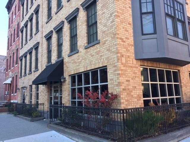 550 OBSERVER HIGHWAY C, Hoboken, NJ 07030