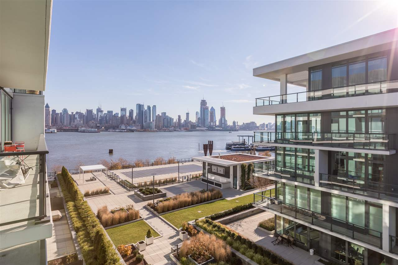 1200 AVENUE AT PORT IMPERIAL 611, Weehawken, NJ 07086