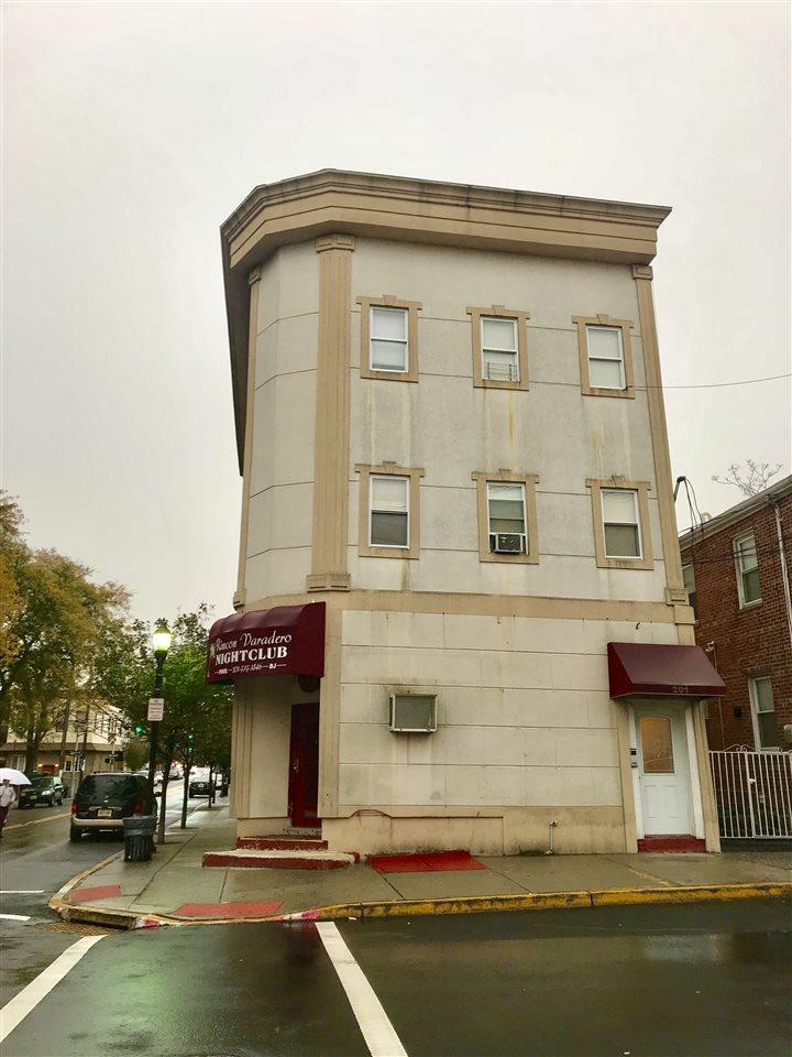 201 70TH ST, Guttenberg, NJ 07093