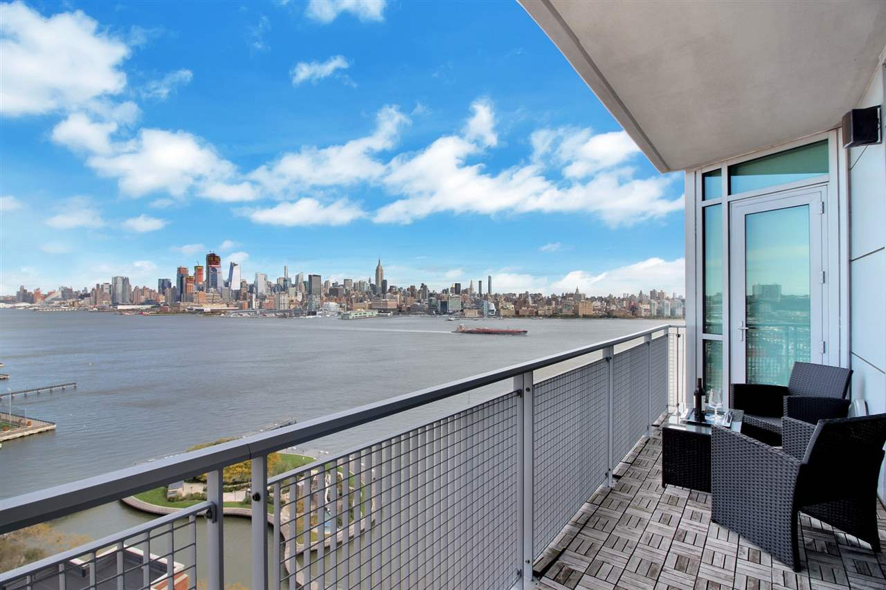 225 RIVER ST 2101, Hoboken, NJ 07030