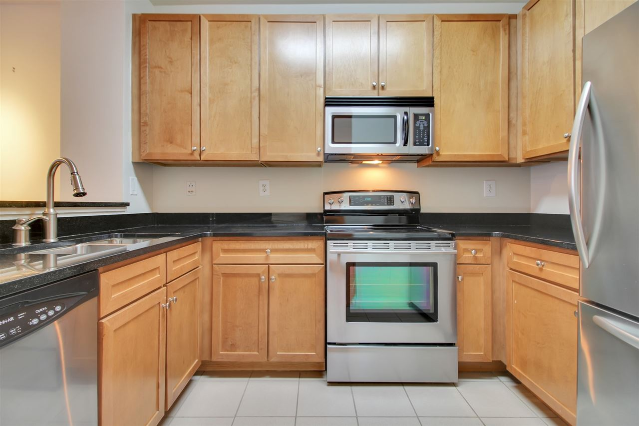 26 AVENUE AT PORT IMPERIAL 111, West New York, NJ 07093