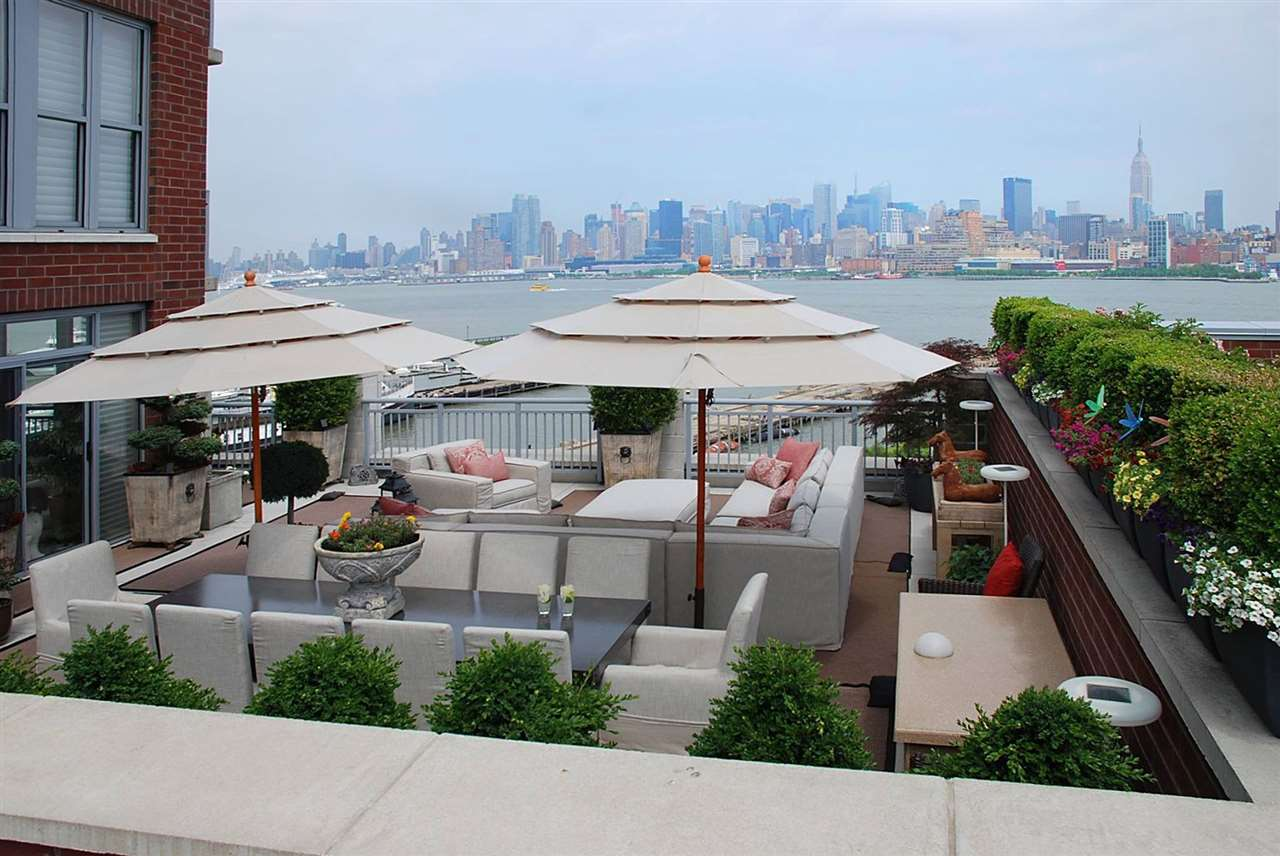 1125 MAXWELL LANE 654, Hoboken, NJ 07030