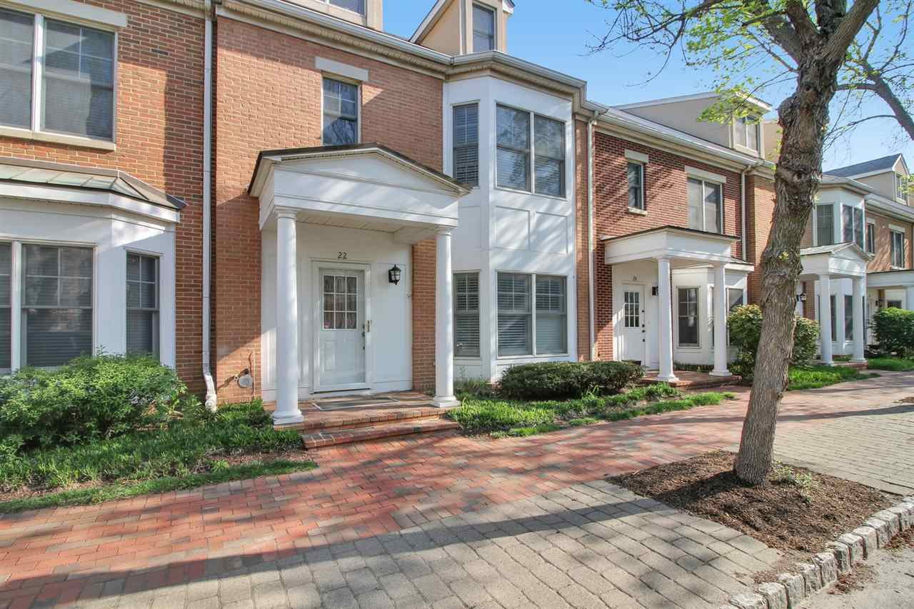 22 INDEPENDENCE WAY TH22, JC, Greenville, NJ 07305