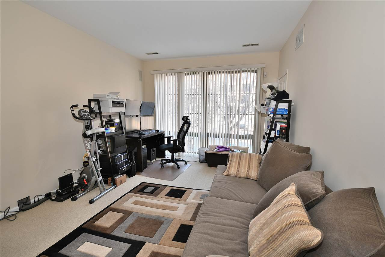 24 AVENUE AT PORT IMPERIAL 112, West New York, NJ 07093