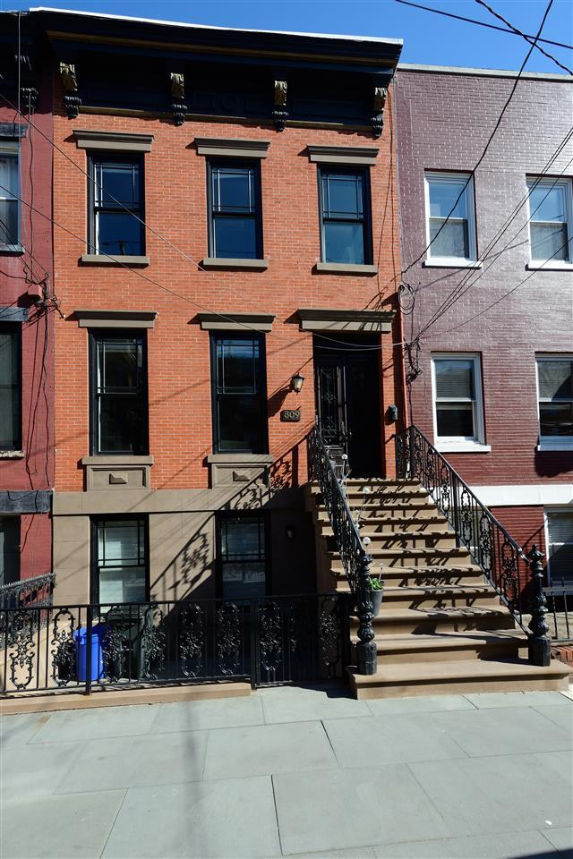 Hoboken                                                                      , NJ - $2,599,900