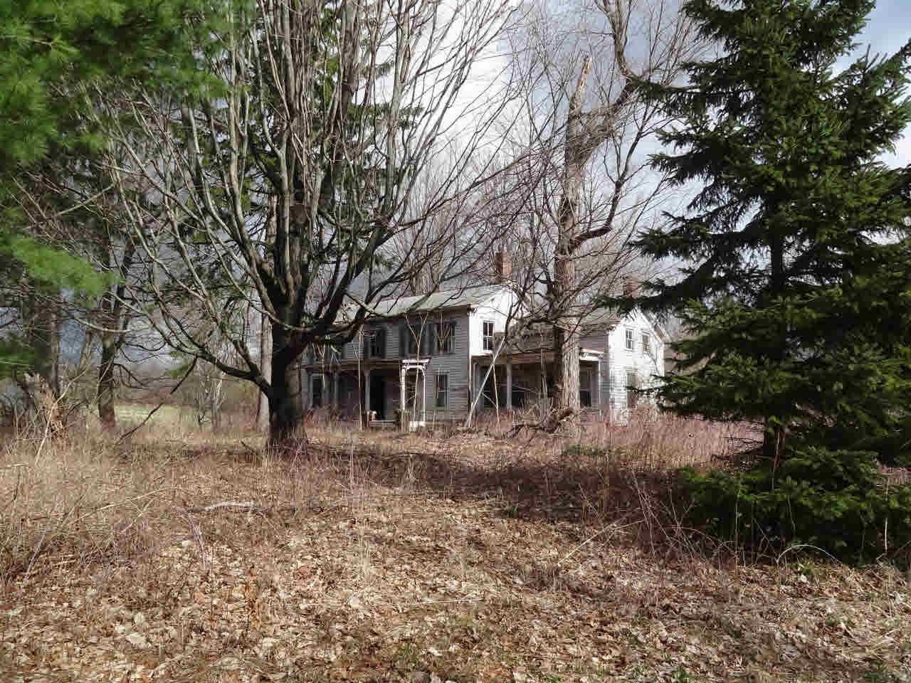 907 LIVINGSTON CHURCH RD, Taghkanic, NY 12523