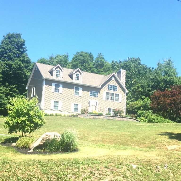 Single Family Home for Sale at 3 QUAKER STREET 3 QUAKER STREET Plattekill, New York 12568 United States