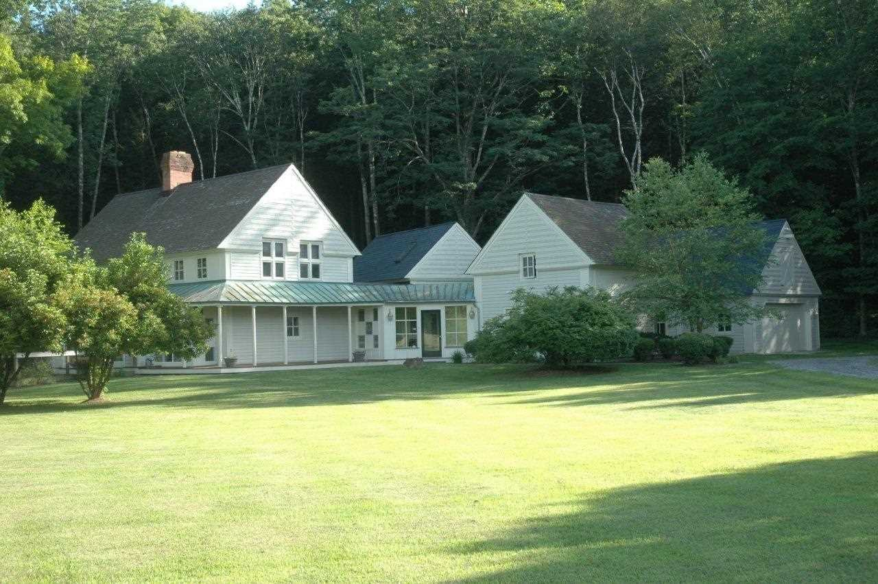Additional photo for property listing at 28 CRESCENT ROAD 28 CRESCENT ROAD Amenia, New York 12501 United States