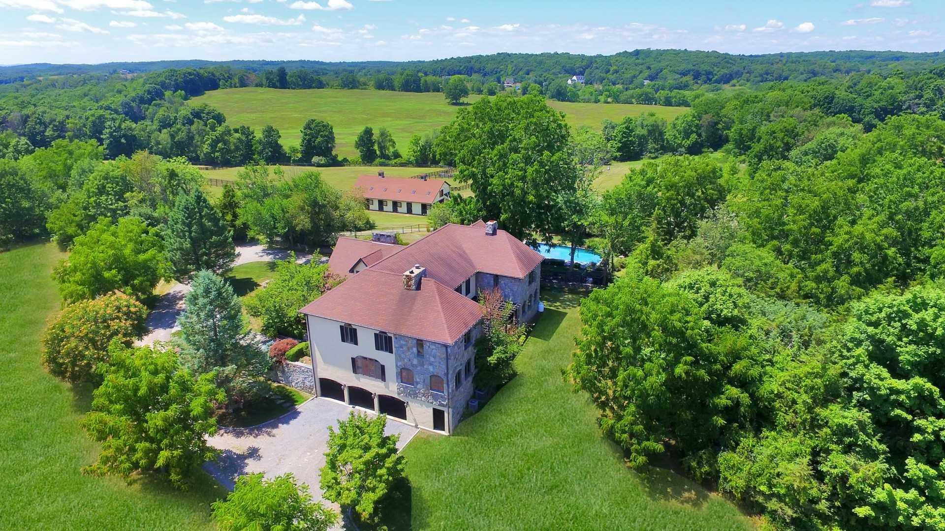Single Family Home for Sale at 2851 SALT POINT TPKE 2851 SALT POINT TPKE Stanfordville, New York 12514 United States