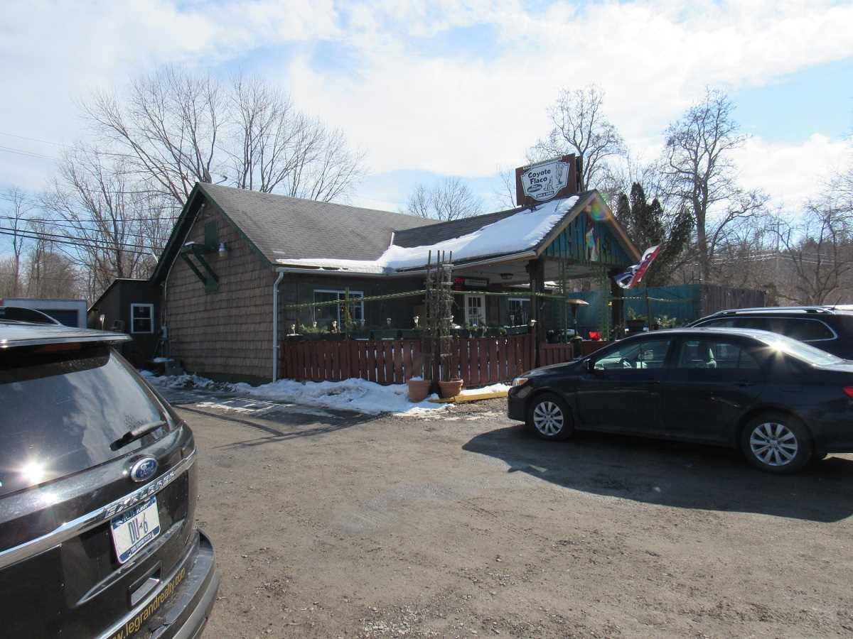 Business for Sale at 6032 RT 9H 6032 RT 9H Claverack, New York 12513 United States