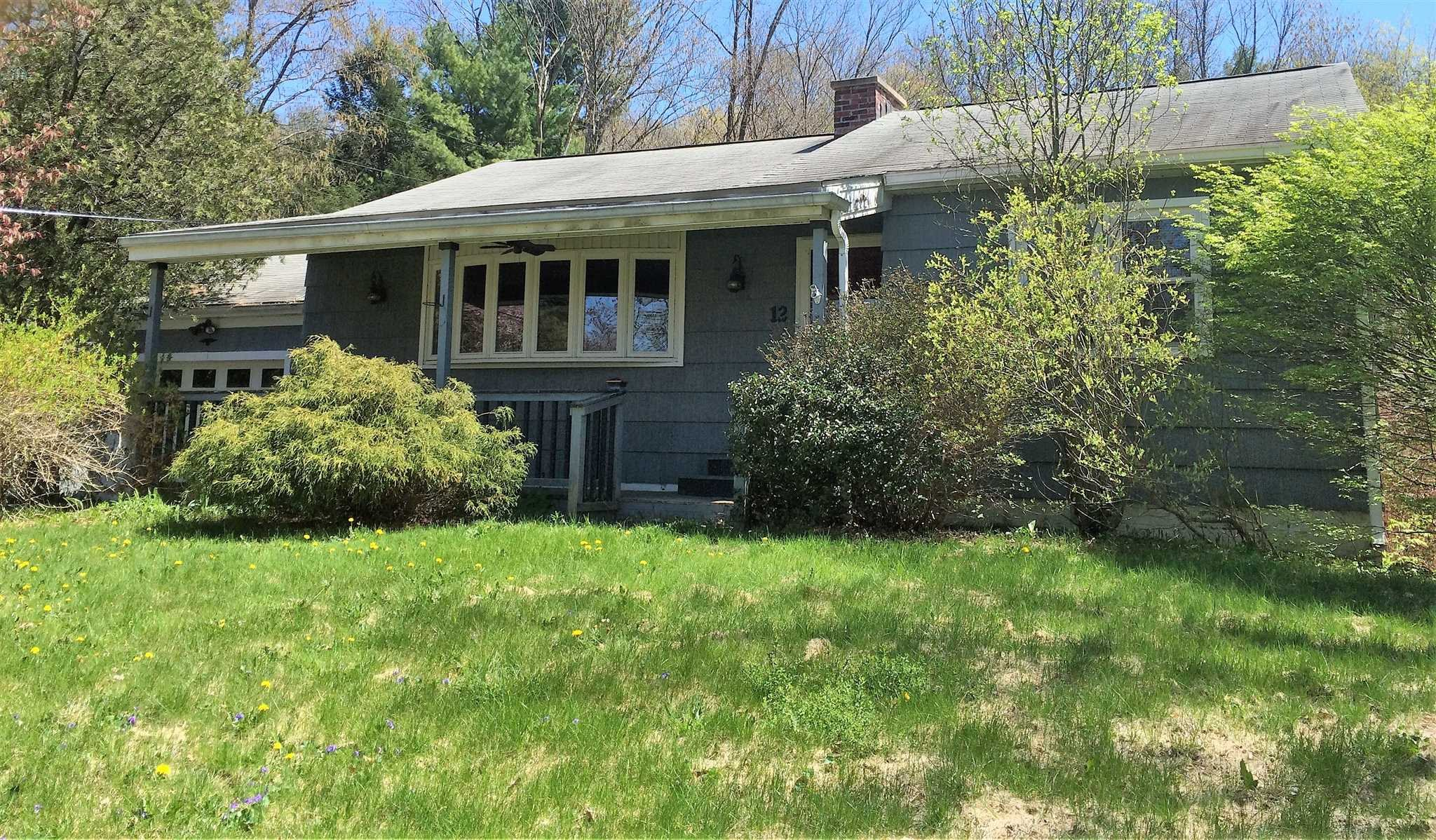 12 MAPLE HILL RD, Pleasant Valley, NY 12578